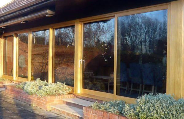 Peveril Lift and Slide doors