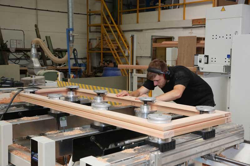 vacuum-glazing-window-manufacturing